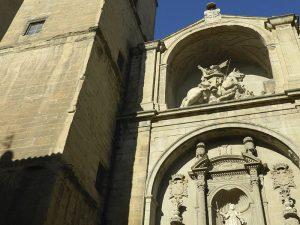 Fachada de la Iglesia de Santiago en Logroño