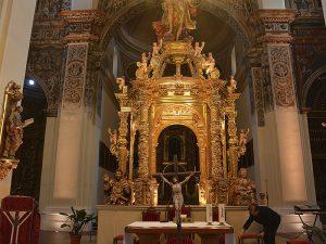 Interior de la Colegiata de San Miguel