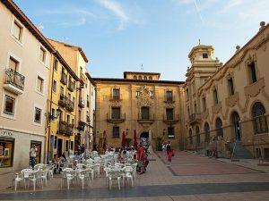 Plaza frente al palacio del Espartero